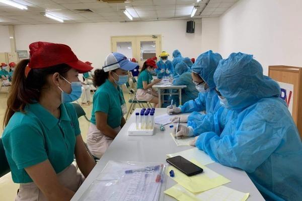 TP.Hồ Chí Minh chi 7 tỷ đồng/ngày để lấy mẫu xét nghiệm cho người lao động
