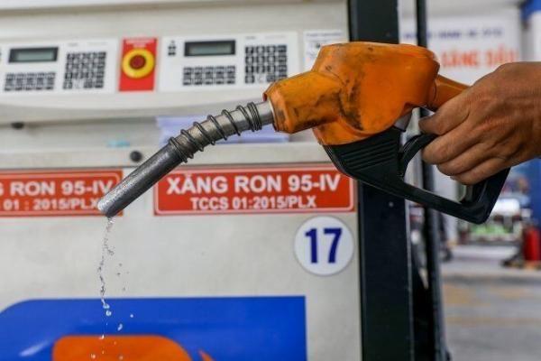 Từ 15h chiều nay, xăng dầu đồng loạt tăng giá