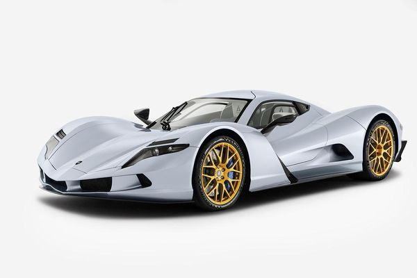 7 xe ô tô điện chạy nhanh nhất thế giới
