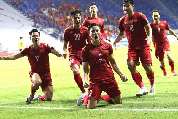 Tranh luận và điểm nhấn trong chiến thắng 2-1 trước Malaysia