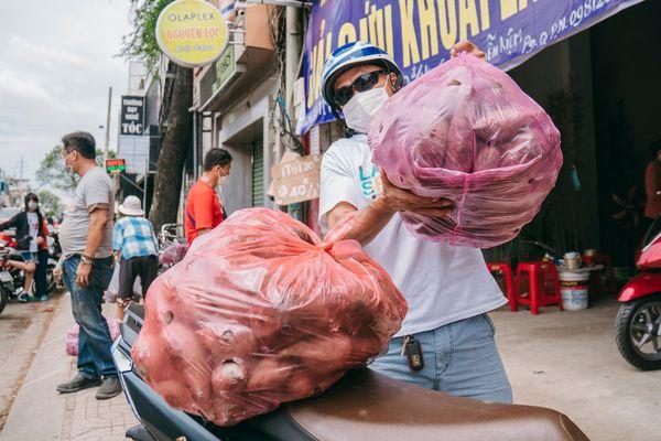 Giải cứu khoai lang tím giá 2.000 đồng giúp miền Tây