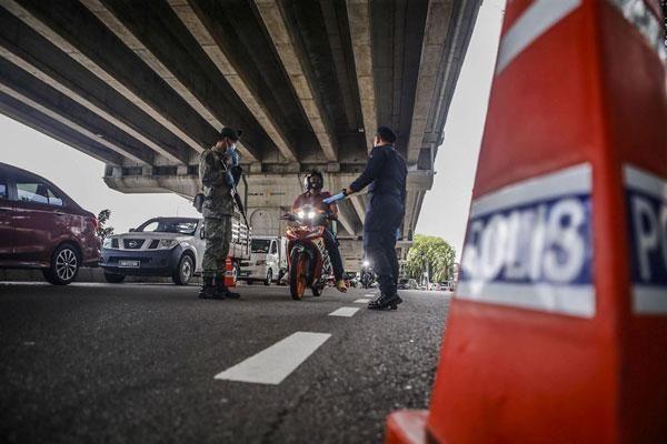 Campuchia tiếp tục ghi nhận hơn 600 ca nhiễm Covid-19, Malaysia gia hạn phong tỏa toàn quốc