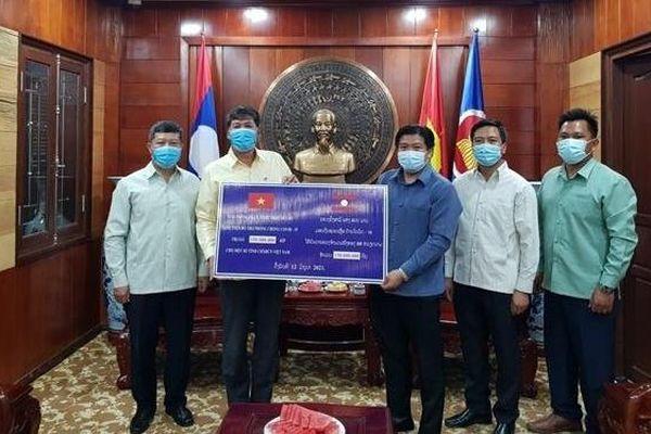 Các tỉnh của Lào hỗ trợ địa phương Việt Nam phòng, chống dịch Covid-19