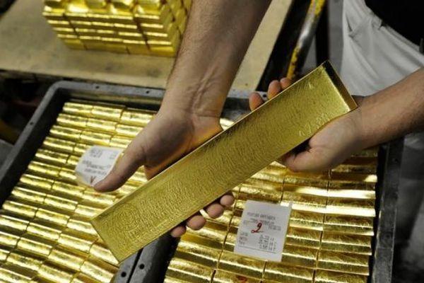 Giá vàng hôm nay 12/6: Nghịch chiều thế giới, giá vàng SJC tăng mạnh