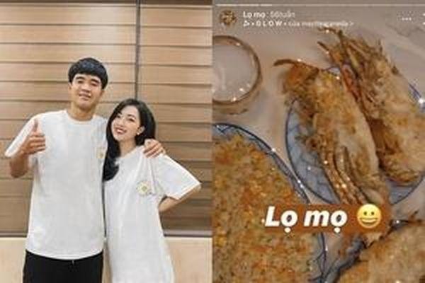 Chuyện bếp núc của 'nửa kia' các cầu thủ Việt: Ai đảm đang hơn?