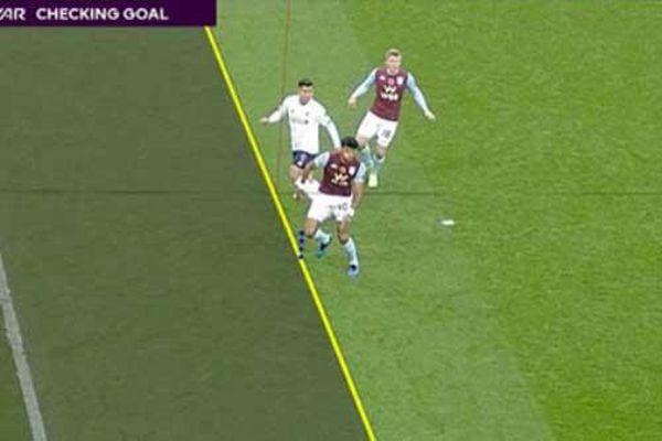 Premier League sẽ thay đổi luật VAR có lợi cho cầu thủ tấn công