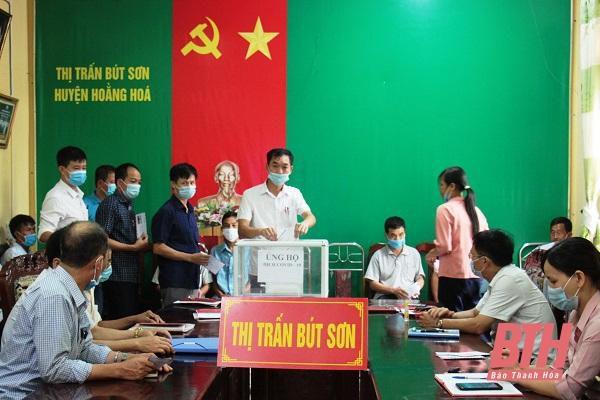 Thị trấn Bút Sơn: Hơn 100 triệu đồng ủng hộ Quỹ vắc - xin và công tác phòng, chống dịch COVID-19