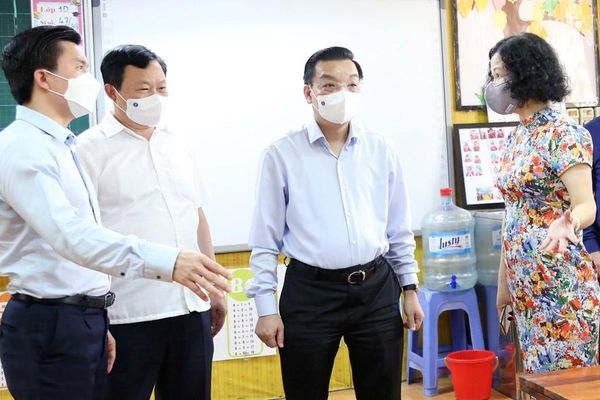 Chủ tịch UBND thành phố Chu Ngọc Anh: Bảo đảm an toàn sức khỏe thí sinh và phụ huynh