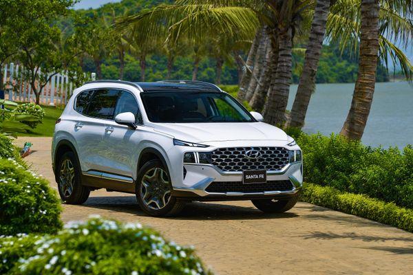 SUV 7 chỗ bán chạy nhất tháng 5/2021: Hyundai Santa Fe dẫn đầu