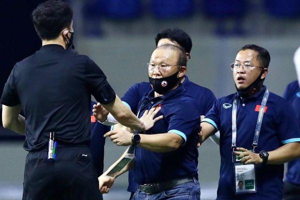 'HLV Park bị cấm tiếp xúc là thiệt thòi của tuyển Việt Nam'