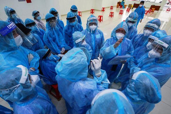 NÓNG: Ghi nhận 53 ca mắc COVID-19 tại Bệnh viện Bệnh nhiệt đới TPHCM