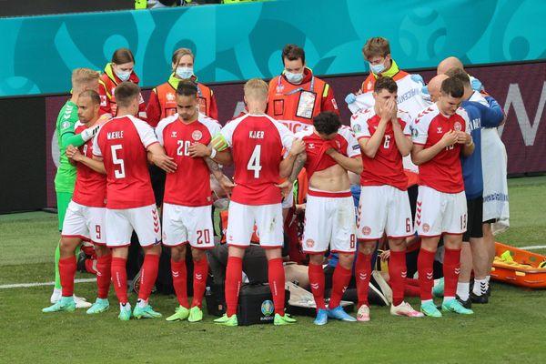 Tiền vệ Eriksen bất ngờ đổ gục giữa trận Đan Mạch - Phần Lan