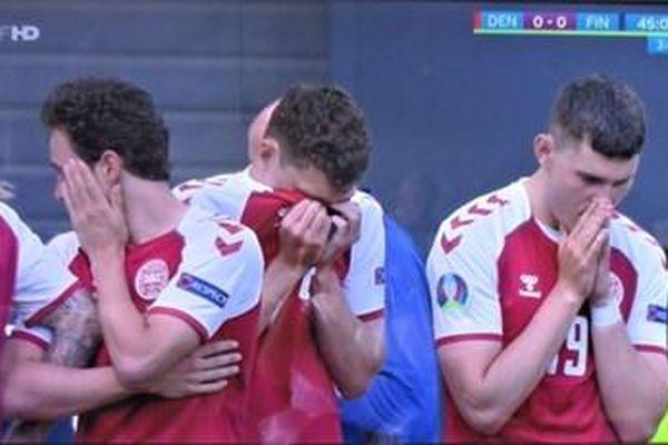 Vì sao tiền vệ đội tuyển Đan Mạch đột quỵ trên sân bóng?