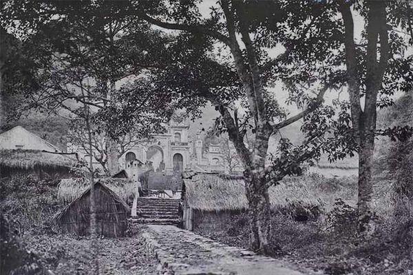 Chùm ảnh hiếm hoi về Chùa Hương năm 1927