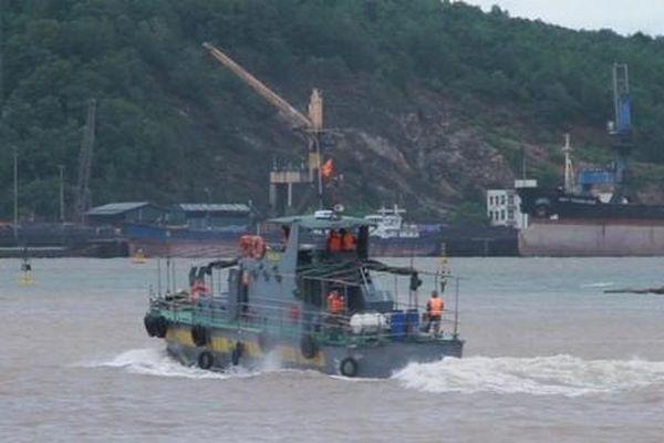Tìm kiếm hai ngư dân ở Thanh Hóa mất tích do bão
