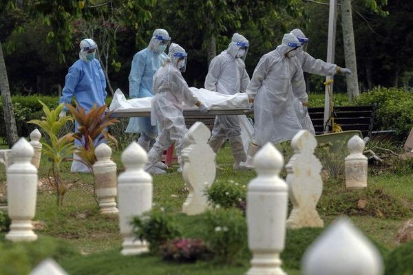 COVID-19 tại ASEAN hết 12/6: Trên 84.000 ca tử vong; Indonesia vượt 1,9 triệu ca nhiễm