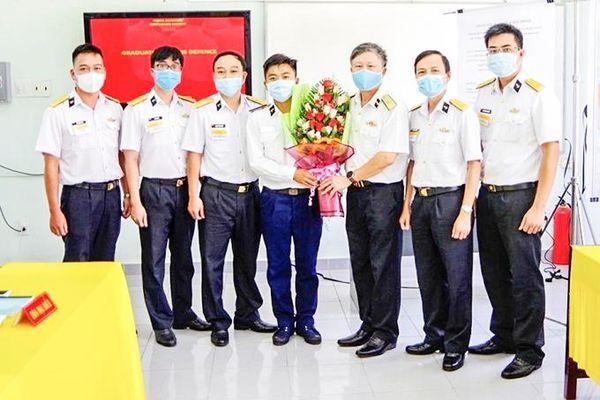 Hoàn thành chấm thi tốt nghiệp và bảo vệ khóa luận cho học viên ngành Điều khiển tàu biển quân sự khóa 61