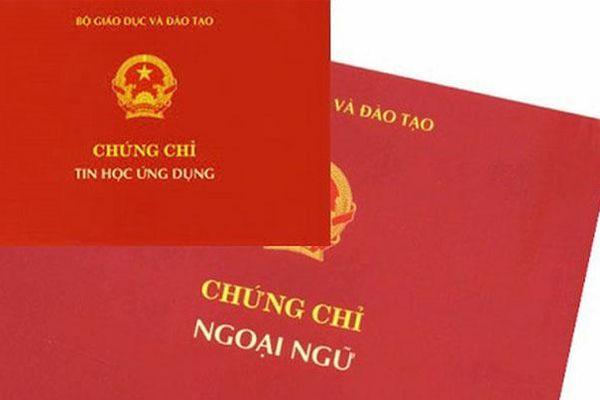 Từ ngày 1-8, công chức hành chính, văn thư không cần có chứng chỉ ngoại ngữ, tin học
