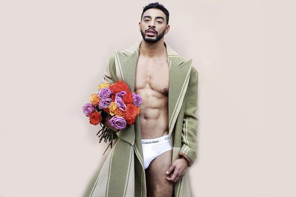 Người mẫu chuyển giới nổi tiếng sau khi chụp ảnh đồ lót