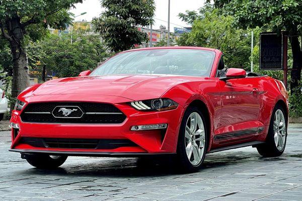 Chi tiết Ford Mustang 2021 phiên bản mui trần tại Việt Nam