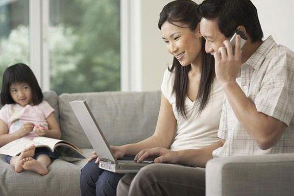 Khi cha mẹ quá bận, con sẽ nghĩ gì?