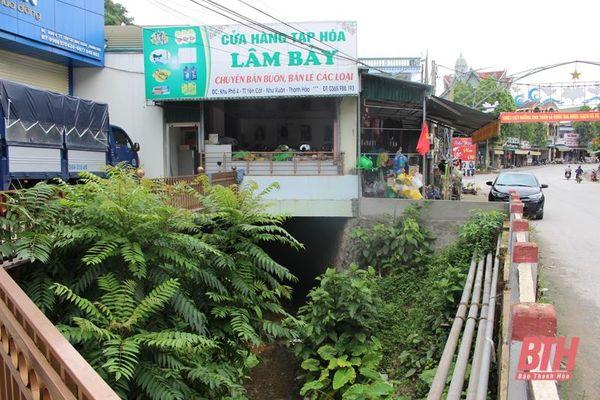 Cần xử lý tình trạng lấn chiếm hành lang, bề mặt khe suối làm nơi kinh doanh, buôn bán ở thị trấn Yên Cát
