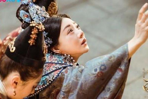Cuộc sống hậu cung Tử Cấm Thành: Nơi hồng nhan trở thành lời nguyền và sắc đẹp chỉ là mối họa