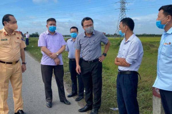 TNGT ở Hưng Yên, 3 người chết: 2 xe còn đăng kiểm, lái xe tải không có cồn