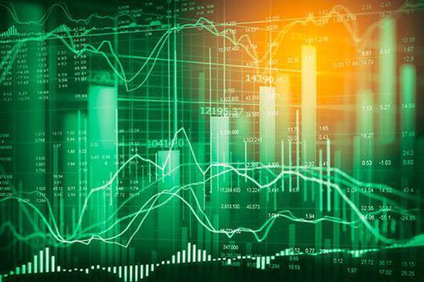 Tiếp tục xả cổ phiếu ngân hàng, VHM giữ nhịp chỉ số