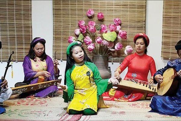 Thành phố Huế: Phát huy giá trị đạo đức, lối sống và phong tục, tập quán đặc sắc