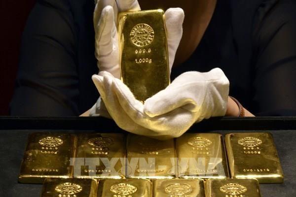 Giá vàng thế giới phiên 14/6 giảm khi lợi suất trái phiếu Mỹ tăng
