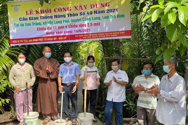 Chùa Long Bửu khởi công xây cầu nông thôn số 49 tại ấp Sơn Trắng