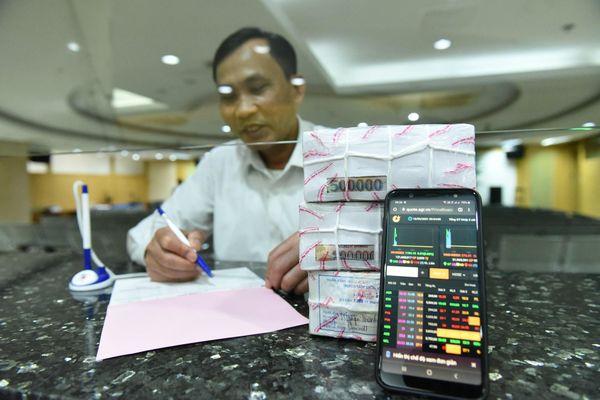 Giao dịch thua lỗ vẫn ngậm ngùi nộp thuế