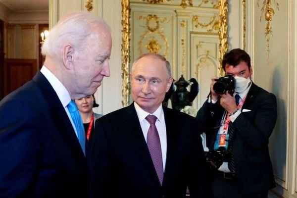 Ông Putin phê phán Black Lives Matter, ông Biden đáp trả 'lố bịch'