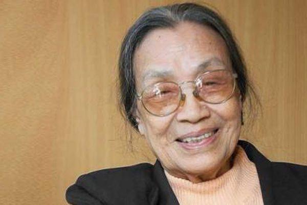 Nhà văn Lê Minh xứng danh con gái của Nguyễn Công Hoan