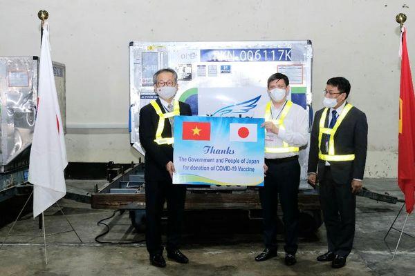 Việt Nam đã nhận gần 1 triệu liều vắc xin phòng Covid-19 của Chính phủ Nhật Bản tặng