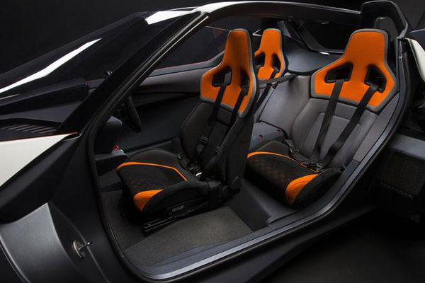 Những mẫu xe có thiết kế chỗ ngồi độc lạ nhất thế giới