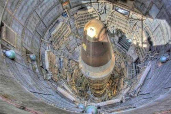 Tên lửa hạt nhân trên tàu ngầm hay trong silo nguy hiểm hơn