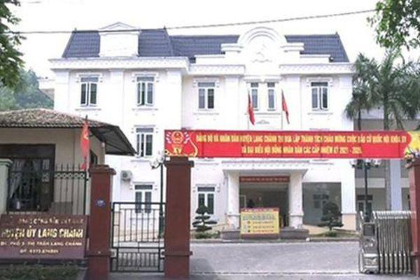 Cán bộ huyện ủy mất hết chức vụ vì dùng bằng giả