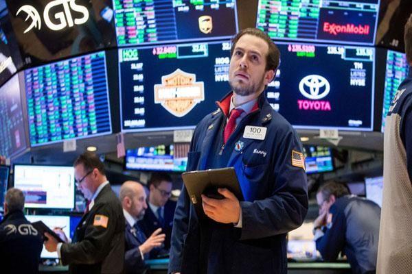 Lo ngại quan điểm 'diều hâu' của FED, chứng khoán Mỹ chốt tuần giảm mạnh