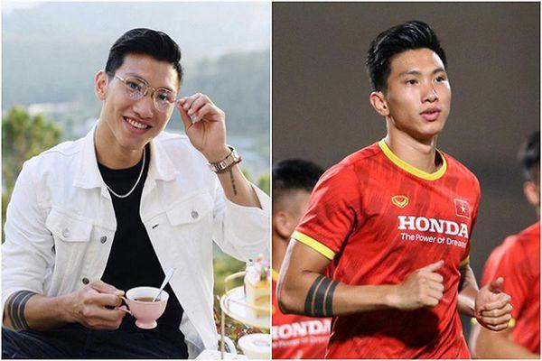 Dàn trai đẹp đội tuyển Việt Nam bị soi ảnh từ Facebook tới sân bóng