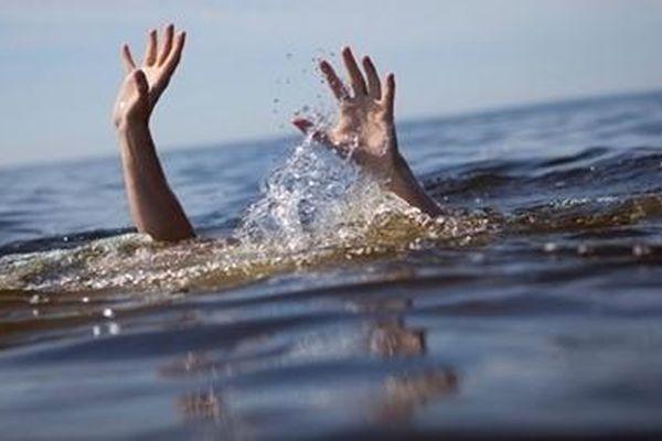 Ra sông tắm, hai bé gái bị đuối nước thương tâm