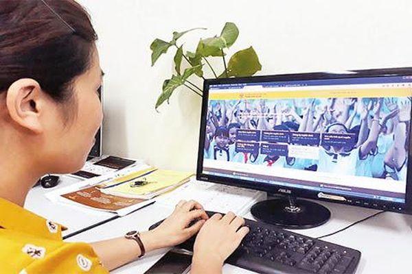 Hà Nội: Khuyến khích phụ huynh đăng ký tuyển sinh trực tuyến