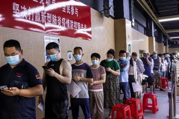 Trung Quốc sắp cán mốc tiêm 1 tỷ liều vắc xin ngừa COVID-19