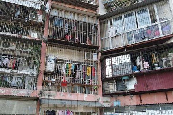 Bất an nhìn 'chuồng cọp' bủa vây nhà cao tầng ở Hà Nội