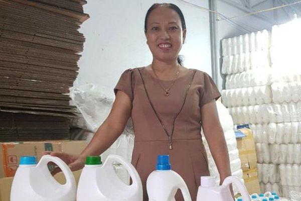 'Biến' rác thành tiền giúp những mảnh đời bất hạnh và bảo vệ môi trường