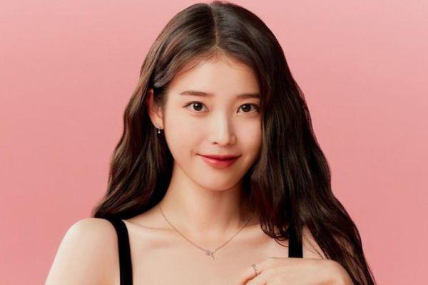 Netizen Hàn phẫn nộ vì có người mạo danh IU trong show thực tế 'I Live Alone'