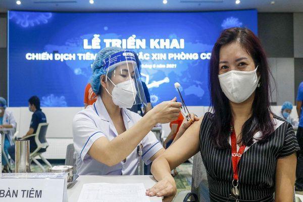 TP.HCM họp báo thông tin về tiêm chủng vaccine ngừa COVID-19