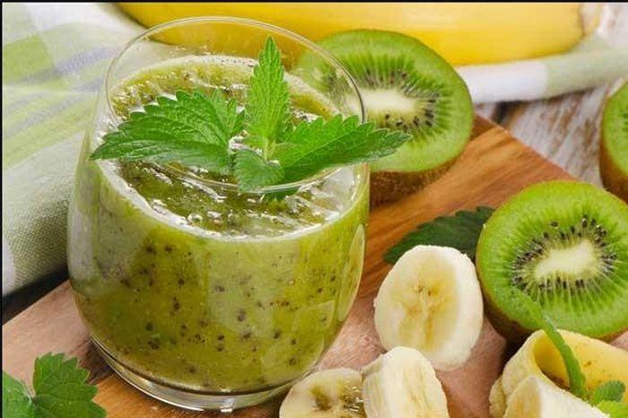 Hướng dẫn cách làm sinh tố kiwi chuối thơm ngon, lạ miệng ngay tại nhà -  Báo Chất Lượng Việt Nam