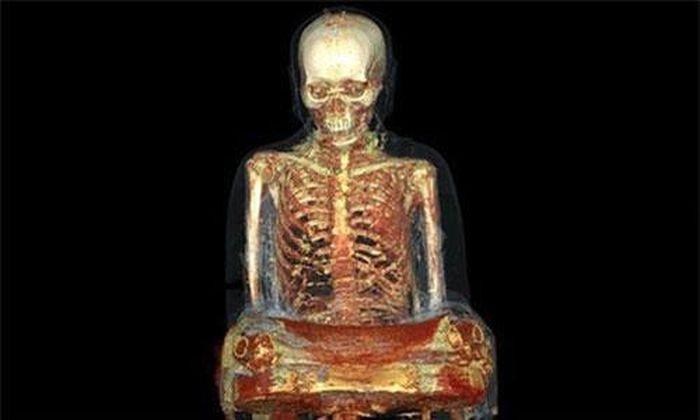 Kinh ngạc xác ướp nhà sư bên trong tượng Phật ngàn năm - Doanh Nghiệp Việt Nam